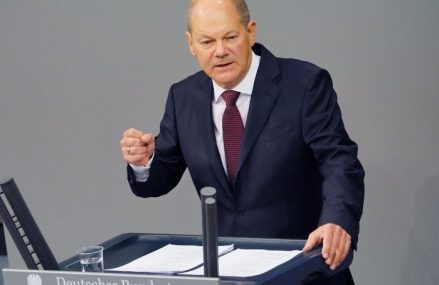 Ministrul german de finanţe, Olaf Scholz, susţine demersurile omologului său, Alexandru Nazare, în vederea aderării României la Organizaţia de Cooperare şi Dezvoltare Economică