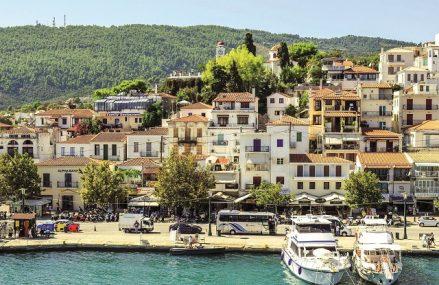 Românii vor merge la vară în Grecia, Turcia, Spania şi Egipt. Cererea pentru vacanţele din vară există încă din luna ianuarie, dar mulţi turişti îşi rezervă sejururile în ultimul moment