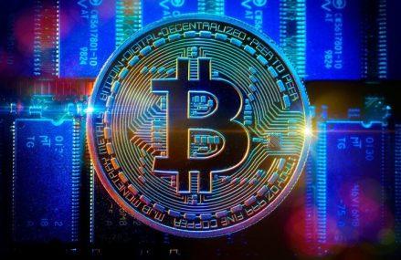 Bitcoin-ul continuă să scadă: După un minus de 10% în 48 de ore, piaţa criptomonedelor a pierdut circa 100 de miliarde din valoarea totală