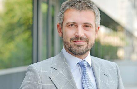 ZF Live. Vlad Boeriu, Deloitte România: 2021 va fi anul de referinţă pentru digitalizarea ANAF. Statul poate încasa anual 1 miliard de euro în plus din TVA prin raportarea electronică. Principalele măsuri de digitalizare sunt SAF-T şi partea de digitalizare a caselor de marcat, care sperăm să prindă amploare în anul curent