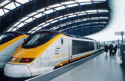 Franţa şi Marea Britanie sar în ajutorul Eurostar pentru a preveni falimentul companiei care operează trenuri pe sub Canalul Mânecii