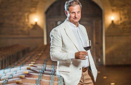 """Business MAGAZIN. Istoria fabuloasă a omului din spatele brandului Purcari din Republica Moldova: """"Să fii oenolog era în perioada sovietică una dintre cele mai prestigioase meserii, alături de cele de medic şi profesor"""". De la Bucureşti, Victor Bostan încearcă să devină acum campionul Europei Centrale şi de Est la producţia de vinuri"""