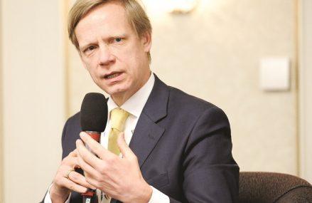 Steven van Groningen, Raiffeisen Bank. Evoluţia cererii pentru credite a fost una bună în 2020, cu excepţia celor două luni de stare de urgenţă. Mă aştept ca trendul să continue în 2021