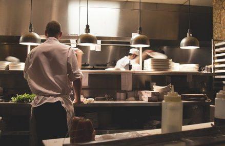 5 criterii care te vor ajuta sa-ti alegi echipamentul de bucatarie profesionist