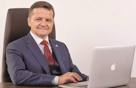 Chimcomplex, companie controlată de antreprenorul Ştefan Vuza, a încheiat S1 2021 cu afaceri de 1,1 miliarde lei, dublu faţă de nivelul din S1 2020, şi un profit net de 282 milioane lei