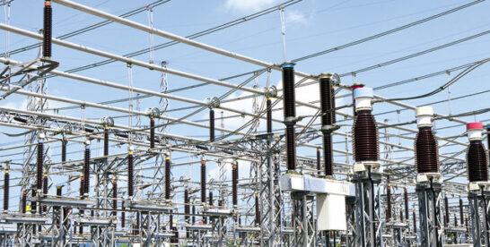 Piaţa energiei bifează creşteri în volume record: consumul industriei s-a majorat cu 10%, iar jumătate dintre consumatorii casnici sunt în piaţa concurenţială