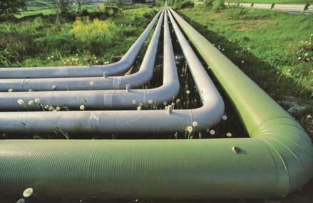 Transgaz a finalizat conducta Podişor–Recaş, de 481 km, parte a gazoductului BRUA, care uneşte reţelele de transport al gazelor din Bulgaria, România şi Ungaria. Lucrările au costat 377 mil.euro