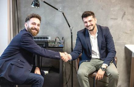 Afaceri de la zero. George şi Florin Borşaru au plecat de la un foodtruck cu mac'n'cheese pus în mijlocul corporatiştilor, iar acum estimează afaceri de 90.000 de euro cu un spaţiu fix în zona Unirii
