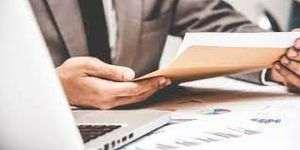 Intesa Sanpaolo vrea sa plateasca actionarilor dividende de 3,3 miliarde de euro