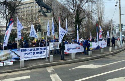 PSD a atacat în instanță hotărârile Guvernului care restrâng participarea la mitinguri