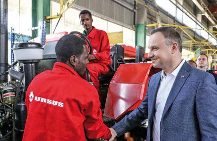 Companiile din Polonia şi Ungaria fac paşi mici, dar importanţi, în a se extinde, investi şi construi fabrici în ţările din Africa