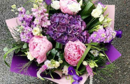 Anemone va sugereaza si va creeaza aranjamente florale pentru orice ocazie