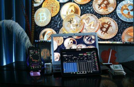 Piețele cripto se clatină în timp ce China implementează o interdicție totală